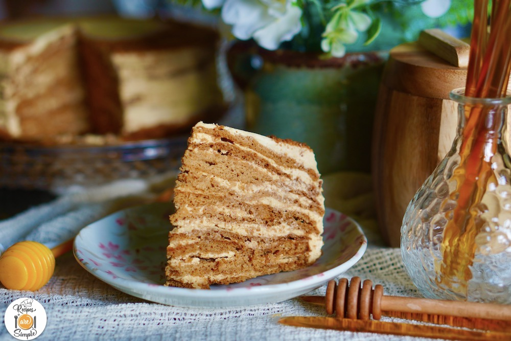 Russian Honey Cake Recipes Are Simple